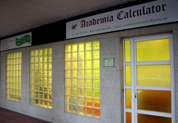 Academia de enseñanza en Coruña, CALCULATOR