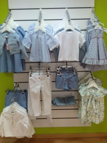 Ropa bordada de bebé. Moda niño en Arteixo. Tienda online de ropa bebé. Ropa de  niño en Arteixo.
