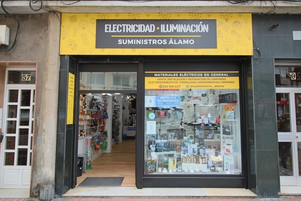 Iluminación y electricidad en Monte Alto, Suministros Álamo