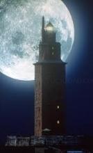 Torre de Hércules luna