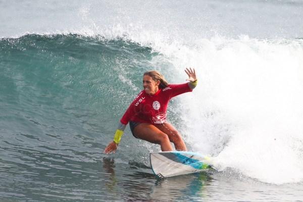 La Liga de Surf Mundial escoge la playa de Orzán para su competición