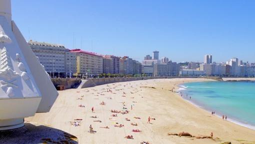 La ola de calor deja en A Coruña temperaturas de 25,6 grados