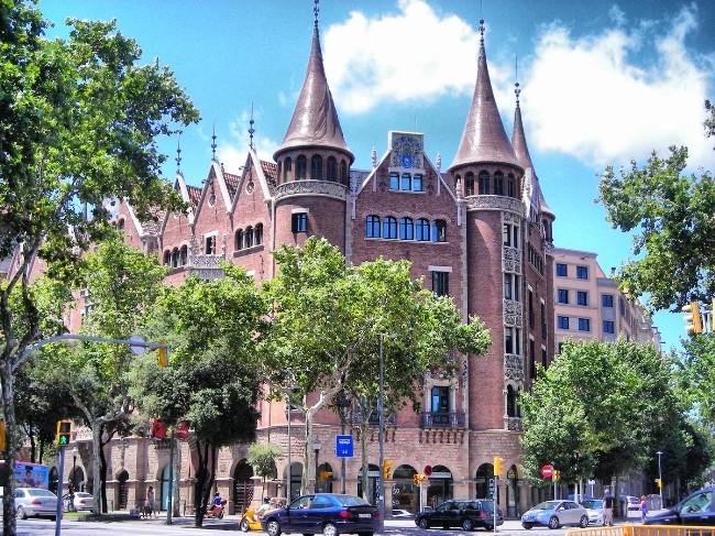 Distrito del l 39 eixample y sus barrios barrios de barcelona - Vidres igualada ...