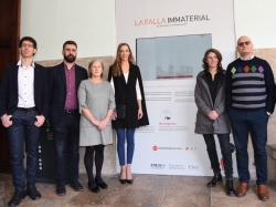 La Universitat de València presenta en La Nau la primera 'falla inmaterial' de la historia
