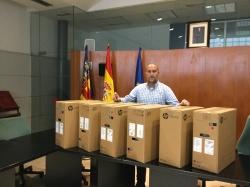 La Diputación de Valencia ha entregado seis ordenadores a l'Ajuntament de Massamagrell
