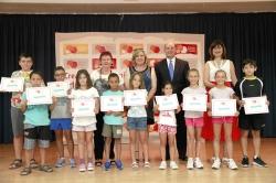 El American School of Valencia entrega diez becas de inmersión lingüística en Puçol