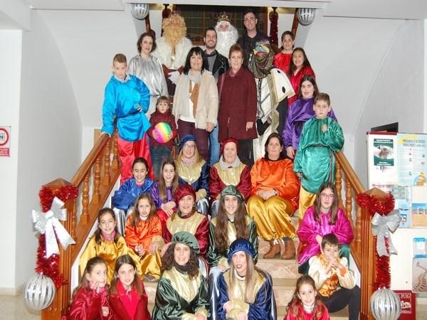 El Puig vive su más multitudinaria y mágica Noche de Reyes