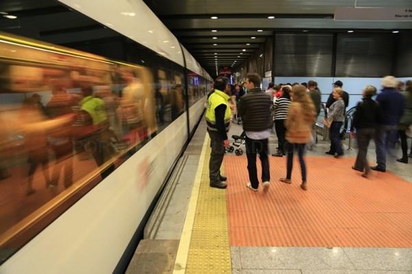 Metrovalencia ofrece servicios mínimos del 50% y 60% durante los paros parciales convocados el próximo lunes