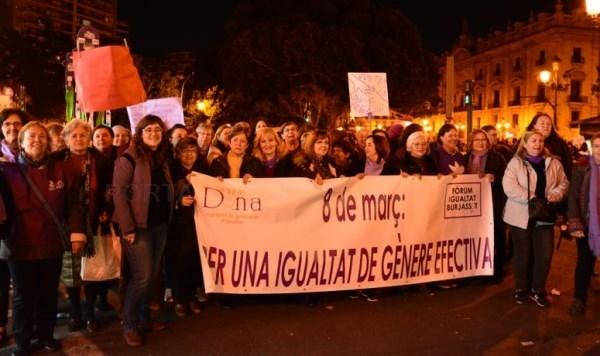 Burjassot se manifiesta por el Día Internacional de la Mujer
