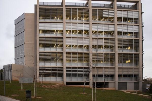 La Generalitat financia una tecnología innovadora de la Universitat para el cribado de antivirales y anticuerpos contra el coronavirus