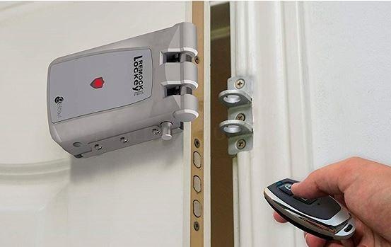 Evita robos en casa gracias a las cerraduras electrónicas invisibles