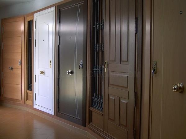 SEGURYCAL Puertas de Seguridad tipo Acorazadas