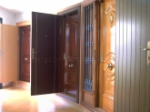 Puerta de vivienda en Málaga, Fabricación de puertas