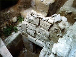 El Consejo declara Zona Arqueológica los tres yacimientos fenicios de la desembocadura del río Algarrobo