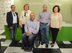 Los artistas José Casamayor y Evaristo Guerra, autores del cartel y pregón de la Romería de la Virgen de los Remedios