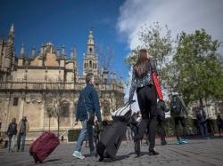 Los viajeros españoles eligen Andalucía como destino