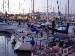 16 puertos deportivos reciben la bandera azul por su calidad ambiental