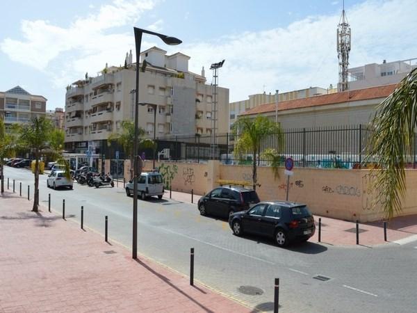La actualización del estudio de viabilidad propone instalar el Mercado Municipal de Abastos en el centro urbano de Rincón de la Victoria