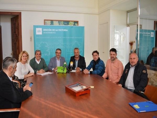 El Ayuntamiento de Rincón y ACERV presentan actividades para incentivar las compras en el comercio local durante el período de Navidad