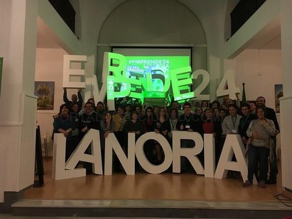 Un mercado on-line de pescado, galardonado como el mejor plan de negocio malagueño en el certamen Emprende24 La Noria