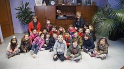 El alumnado de 5 años del CEIP Mare de Déu de Vallivana visita el Ayuntamiento de Picassent