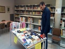 ntre les adquisicions, s'han inclòs tant llibres en castellà com en valencià. compra llibres compra llibres  Coincidint amb el Dia del Llibre que se c