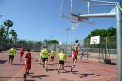Un total de 544 niñas y niños llenan Paiporta de deportes en la Encuentro Comarcal de Escuelas