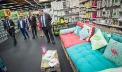 GiFi confia en Alfafar y abre su primera tienda insignia en España