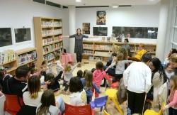 GRAN ACOGIDA DE LA CAMPANA DE ANIMACION LECTORA COLLA DE LLETRES A LA BIBLIOTECA MARIA MOLINER DE PAIPORTA
