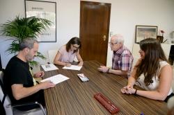 El Ayuntamiento de Paiporta firma los convenios con las Comparsas de Moros y Cristianos y con los Festers del Gos de cara a las fiestas