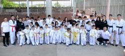 Cientos de niñas y niños participan en el cierre de las Escuelas Deportivas de Paiporta