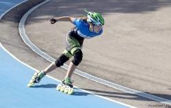 La paiportina Lucía Alapont revalida el título de campeona autonómica de patinaje de velocidad