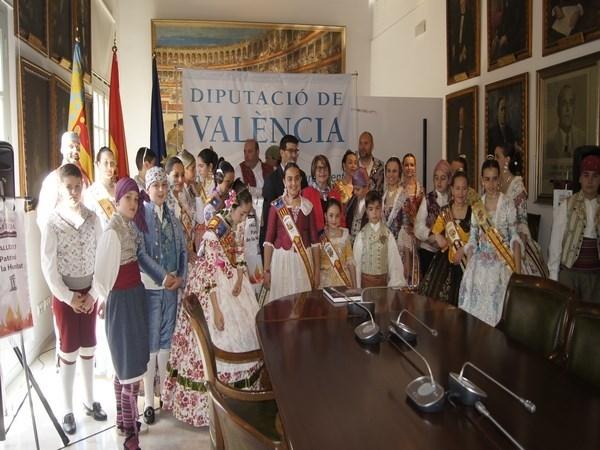 Picassent:  Las comisiones falleras participen en la recepción de la Diputació de València
