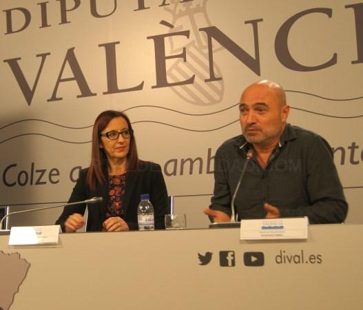 Maria Josep Amigó y Xavier Rius participan en el acto de entrega de los Premios Josep Chulvi en Catarroja