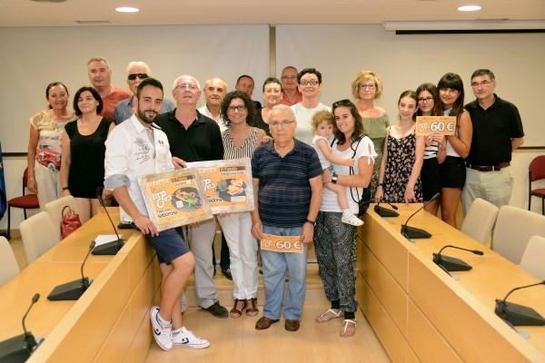 Entregados los premios a los y las participantes en la Ruta de Tapas y al local ganador, El Pintxito en Paiporta