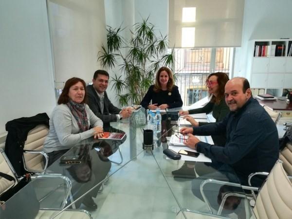 Conselleria de Vivienda y Ayuntamiento de Alfafar avanzan en el desarrollo del Plan de Intervención Urgente del grupo de viviendas Reyes Católicos