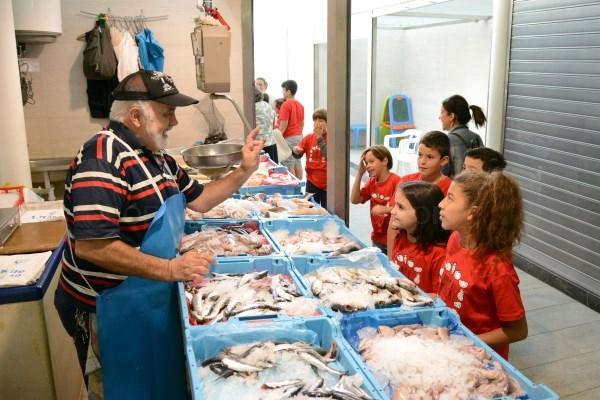 'Anem al mercat', la campaña del Ayuntamiento de Paiporta para dinamizar el mercado municipal y promover una alimentación saludable
