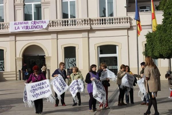 """""""Entre totes i tots! Actuem!"""": Alfafar se suma al Día Internacional de la Eliminación de la Violencia contra la Mujer"""