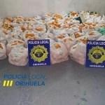 """La Policía Local de Orihuela sorprende """"in franganti"""" y detiene a siete personas acusadas de robar 1.200 kilos de naranjas en La Matanza"""