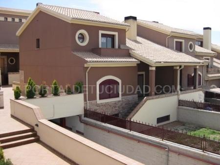 Se venden 4 Casas Unifamiliares en Gójar (Granada)