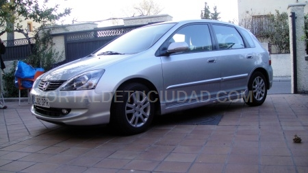 SE VENDE HONDA CIVIC EN PERFECTO ESTADO